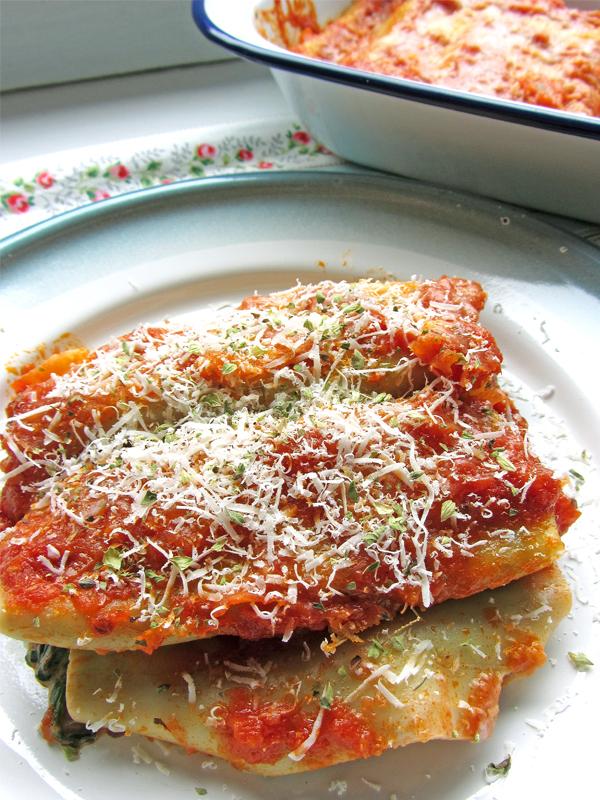 canelones-espinacas-ricota-y-nueces
